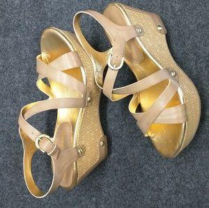 Shoes - Audrey Brooke platform sandles sz 7